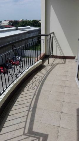 2 bedroom unit for sale in Linmarr Towers - 1