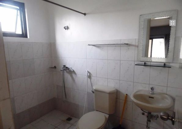 Town House with 4 Bedrooms inside a Secured Subdivision for rent @ 35k - 9