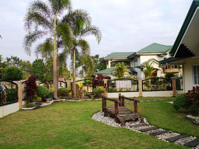 W/Huge Yard House & Lot For Rent In Friendship Angeles City near to CLARK FREE PORT ZONE - 5