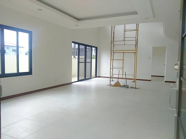 House and lot for rent inside a gated Subdivision in Hensonville - 50K - 3