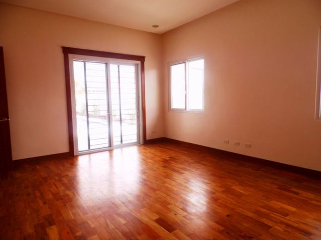 This 3 Bedroom Semi-furnished House for Rent in Angeles City, Pampanga -100K - 7
