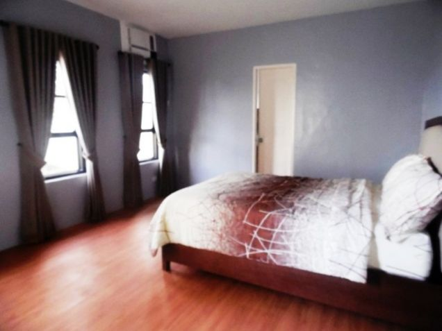 Town House with 4 Bedrooms inside a Secured Subdivision for rent @P35K - 3