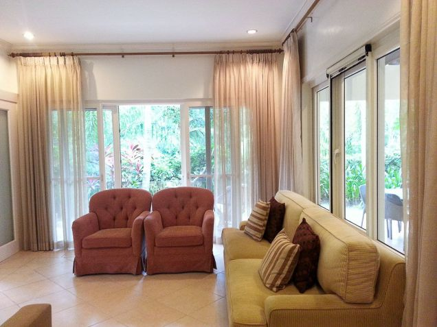 Spacious 4 Bedroom House with Swimming Pool for Rent in Maria Luisa Cebu - 7