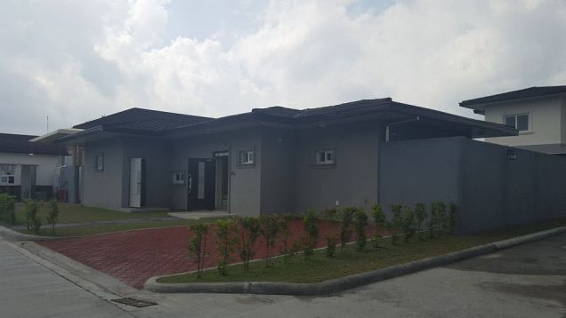 House and Lot for Rent at Clark Free Port Zone Pampanga Philippines - 1