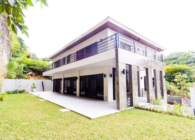 Brand New 5 Bedroom House for Rent in Maria Luisa Park - 0