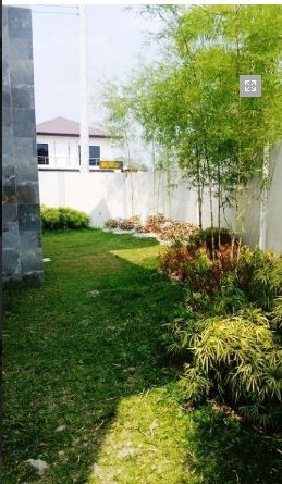House and lot with 4 bedrooms & swimming pool in Angeles FOR RENT @130K - 7