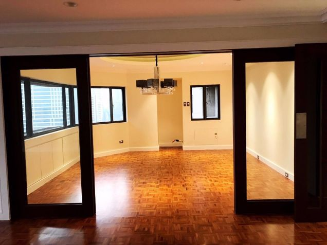 TWIN TOWERS Makati, 3 Bedroom Unit For Sale Makati City - 3