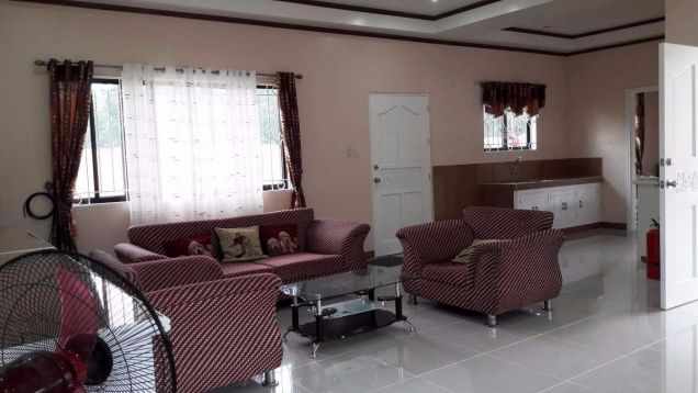 Bungalow House for rent with 3 bedrooms in Friendship very near to Clark - 9