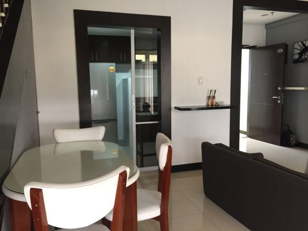 Tuscany 1 Bedroom Loft Condo Mckinley Hill For Sale with Parking - 7