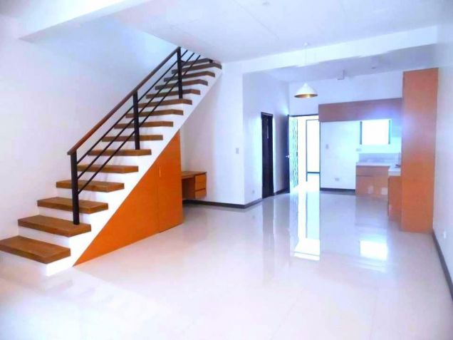 2 Bedroom Townhouse For Rent In Angeles City - 4