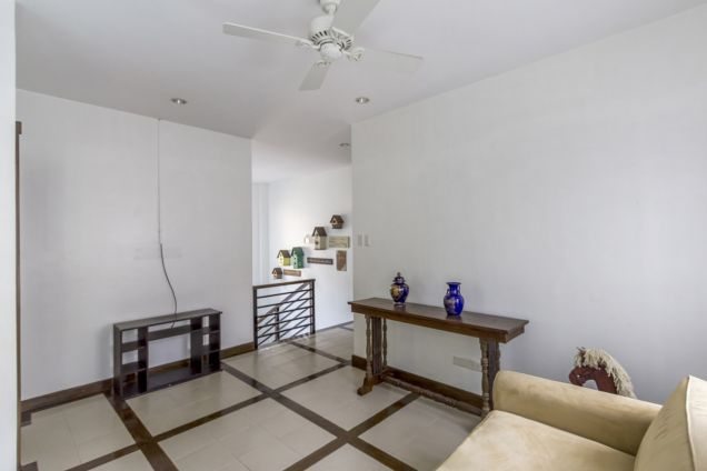 4 Bedroom House with Swimming Pool for Rent in Maria Luisa Park - 8