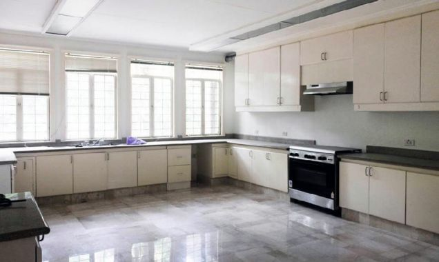 5 Bedroom Well-Maintained House and Lot for Rent in Dasmarinas Village Makati(All Direct Listings) - 3