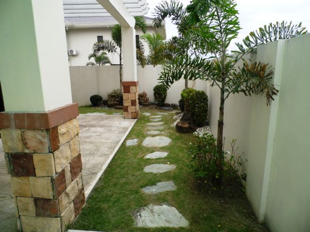 246Sqm house and lot for rent in Hensonville - 3