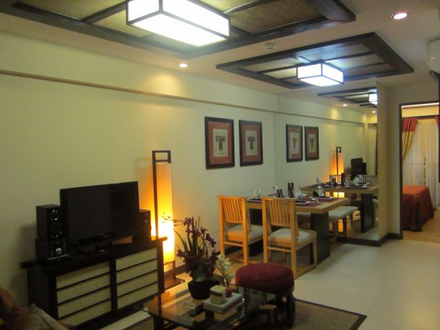 The Redwoods 2 br in Fairview QC near Ayala Terraces,SM Fairview, Robinsons Nova - 5