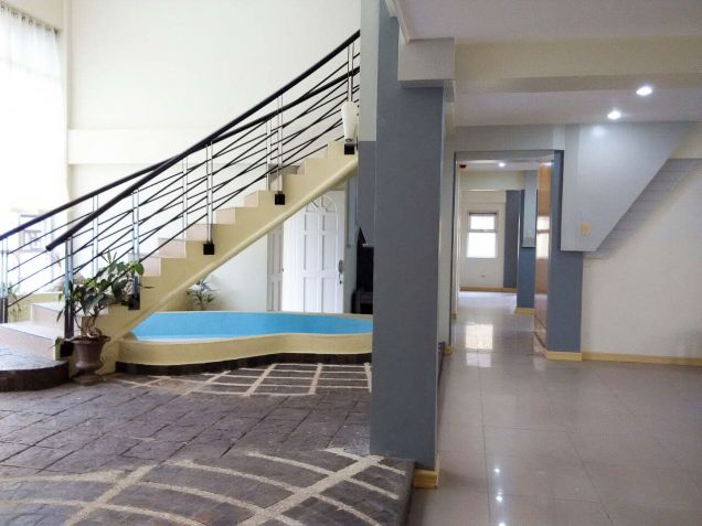 Spacious 7 Bedroom House for Rent in Cebu Banilad - 0
