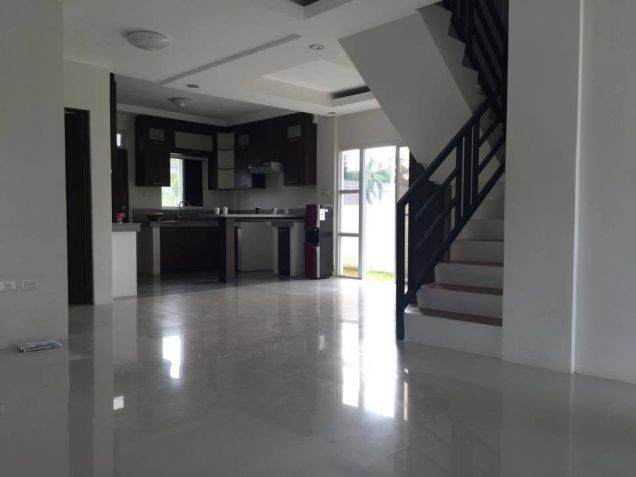 2 Storey House and Lot for Rent in Brgy. Amsic Hensonville  Angeles City - 8