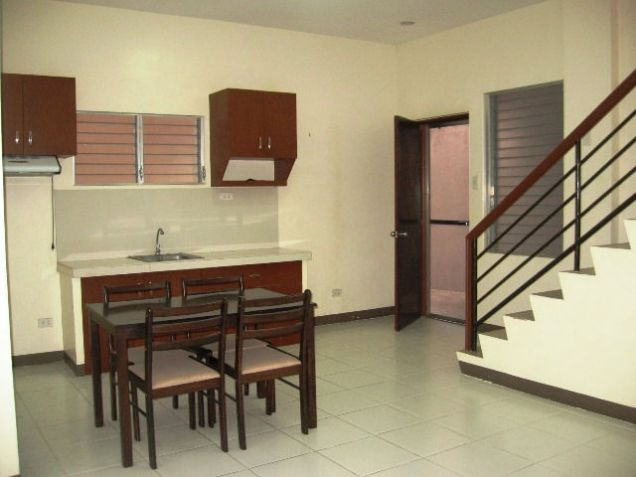 Apartment, 4 Bedrooms Semi Furnished for Rent in Mabolo, Cebu City - 7