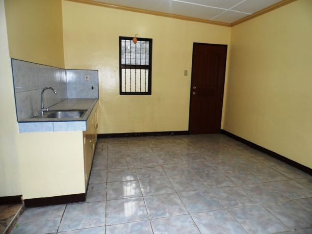 House & Lot ot with yard For Rent inside a gated Subdivision in Friendship - 75K - 4