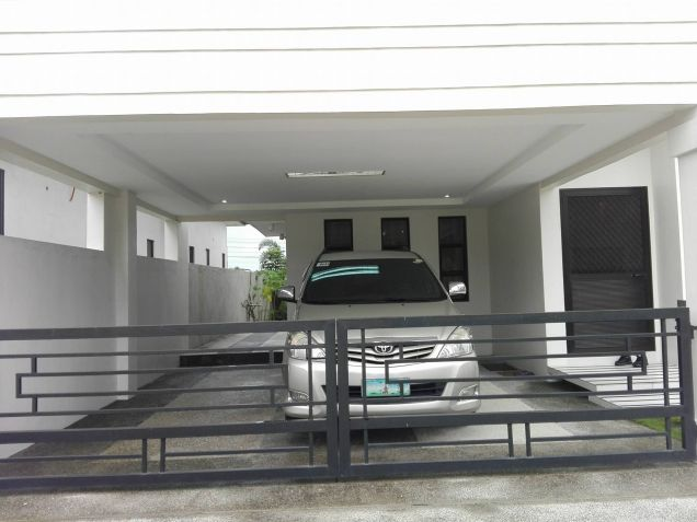 4 Bedroom House And Lot For Rent At Angeles City Near Clark - 1