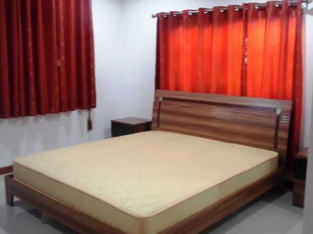 Bungalow House 3 Bedroom Fully Furnished for Rent - P50K - 3