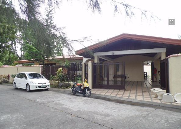 Spacious Bungalow House with swimming pool for rent - 0