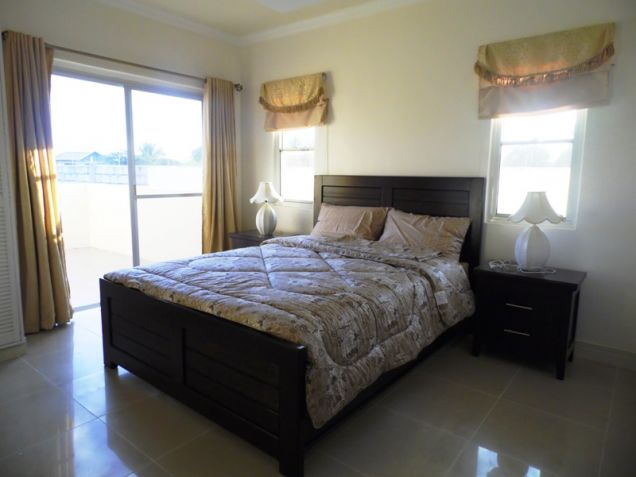 2-StoreyFurnished House & Lot For Rent In Hensonville Angeles City W/Golf Course ,Lawn Bowling Ect. - 5