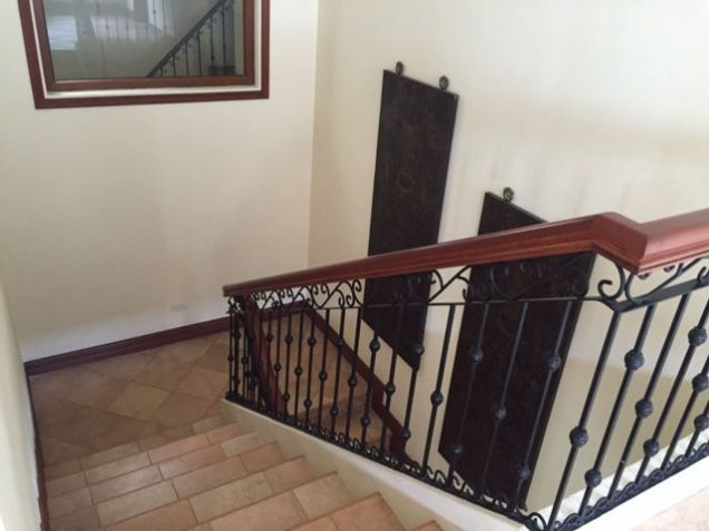 3 BR Furnished House For Rent in Paradise Village, Kasambagan Cebu City - 2