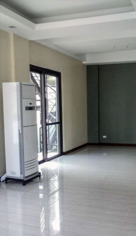 5 Bedroom House for Rent in Mckinley Hill Village Taguig (All Direct Listings) - 1