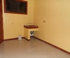 Bungalow House with 3 Bedroom for rent near SM Clark - 38K - 6