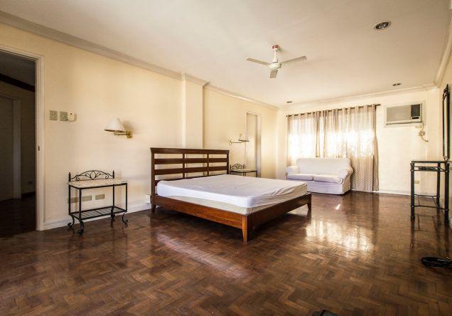 Furnished 3 Bedroom House for Rent in Banilad - 8