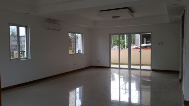 Newly Built House with Modern Design for rent in Hensonville -@P45K - 1