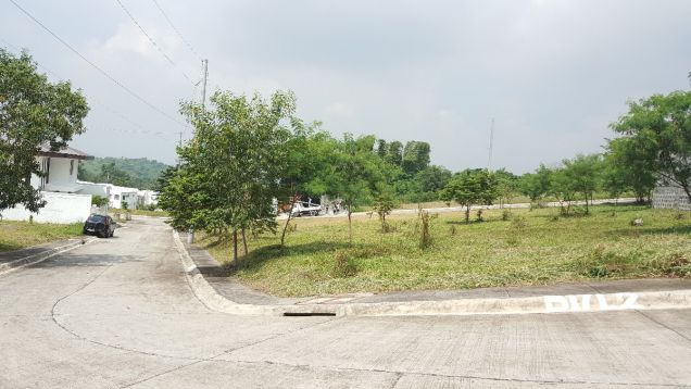 Lot for sale in Havila Highlands Pointe Taytay Rizal near Shaw Pasig Ortigas - 0