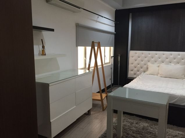 Tuscany 1 Bedroom Loft Condo Mckinley Hill For Sale with Parking - 6
