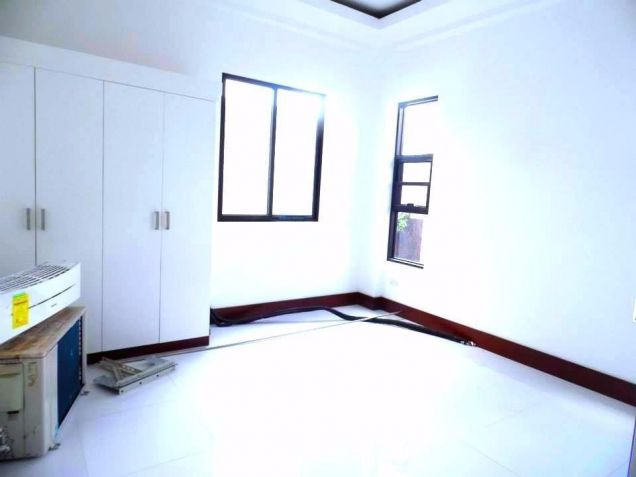 For Rent Furnished Modern House In Angeles City - 2