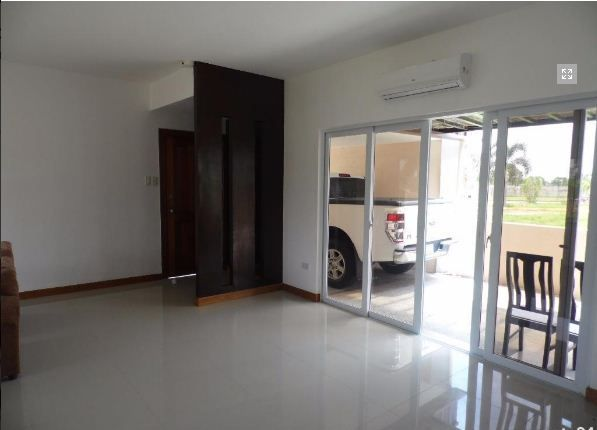 FOR RENT Bungalow House and Lot Near SM Clark - P30K - 4