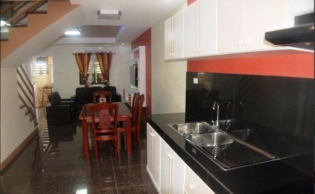 2 bedrooms townhouse for rent near in friendship - P25K - 5