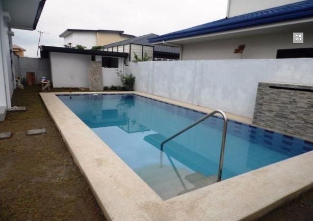 2 Storey House with swimming pool for rent in Hensonville @ 75K - 1