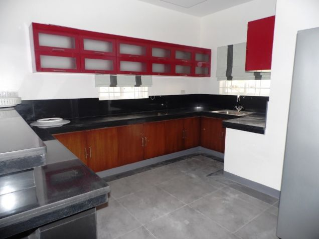 4 Bedroom Fully Furnished House near SM Clark FOR RENT - @P50K - 8