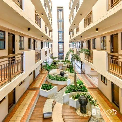 2 bedroom Condominium Easy to Move-in - 4