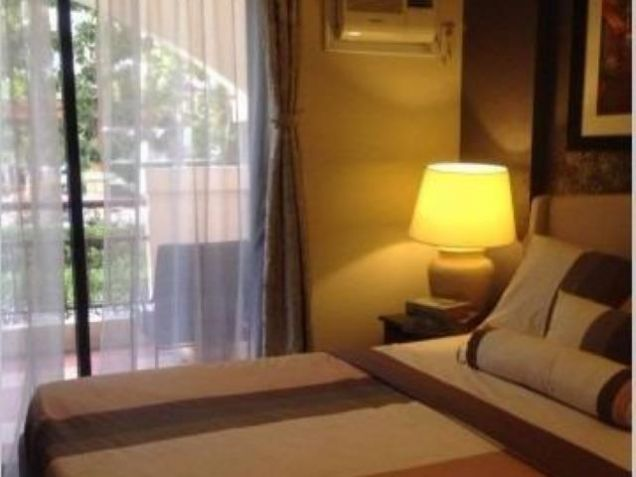3 bedroom condo for sale in las pinas near madrigal business park - 0