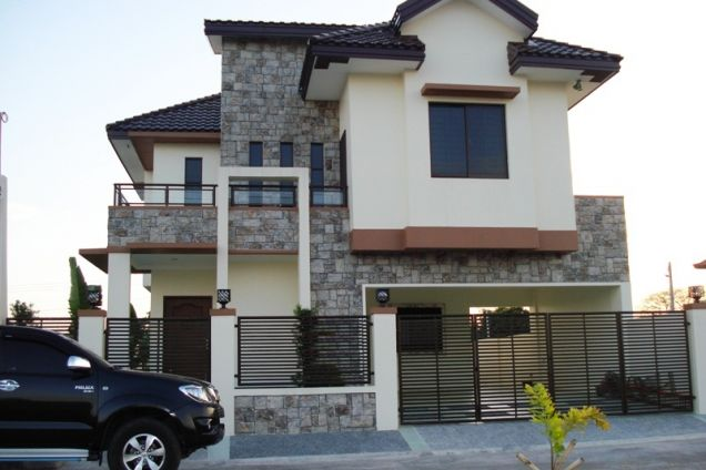 4 Bedroom Semi Furnished House in Hensonville - 0