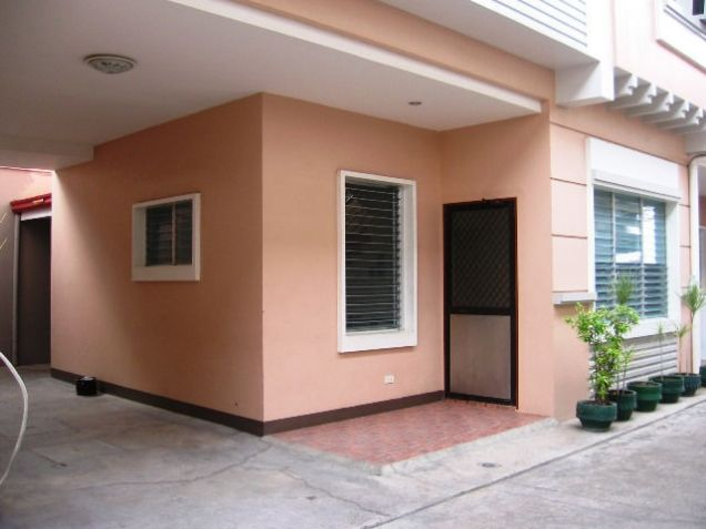 Apartment, 4 Bedrooms Semi Furnished for Rent in Mabolo, Cebu City - 0