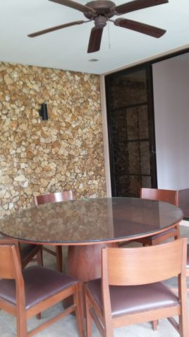 Spacious Bungalow House for Sale in Lahug - 8