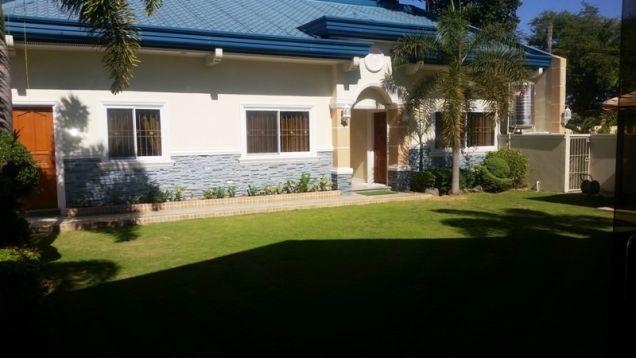4 bedroom elegant house and lot for Sale in Hensonville - 9