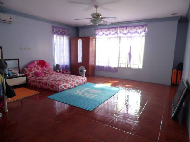 House and Lot for Rent with Spacious Living area in Friendship at 55K - 5
