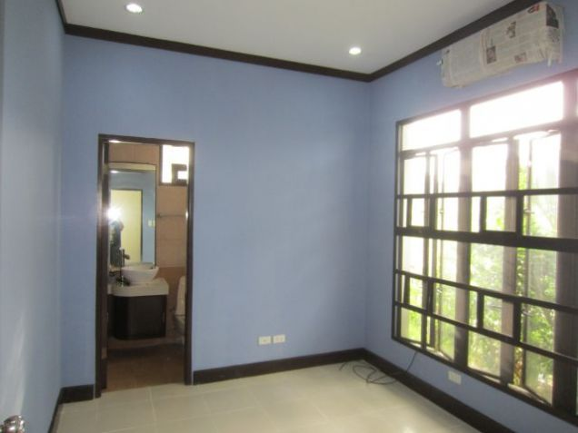 House for rent in Bali Mansions South Forbes Golf City near Nuvali and Solenad - 6