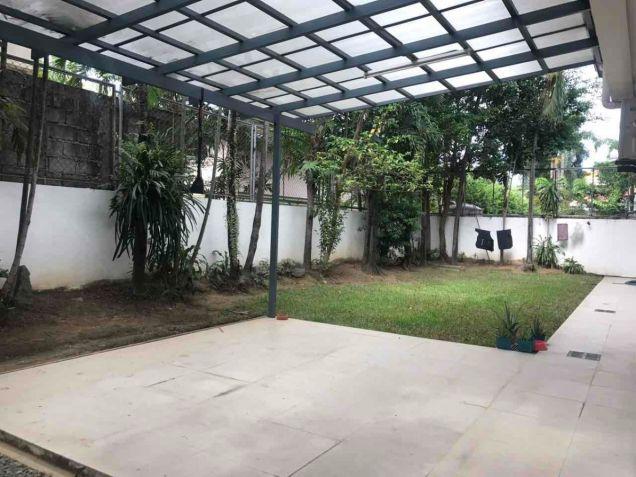 600 sqm, 3 Bedroom with Backyard for Rent, Corinthian Gardens, Quezon City - 0