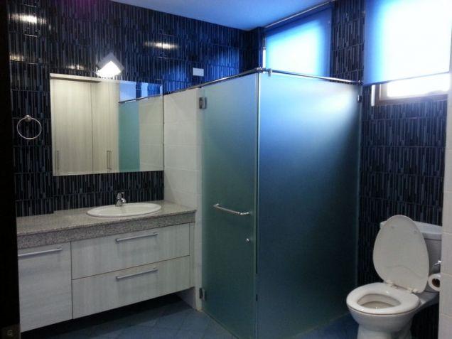 4 Bedroom Spacious House for Rent in Cebu City Banilad - 2