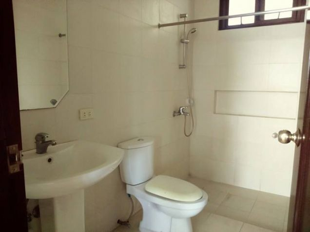 3BR Unfurnished for rent in Angeles City - 45K - 4