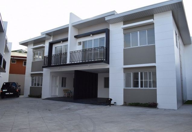 3 Bedrooms Unfurnished Brandnew Duplex House In Banawa - 0